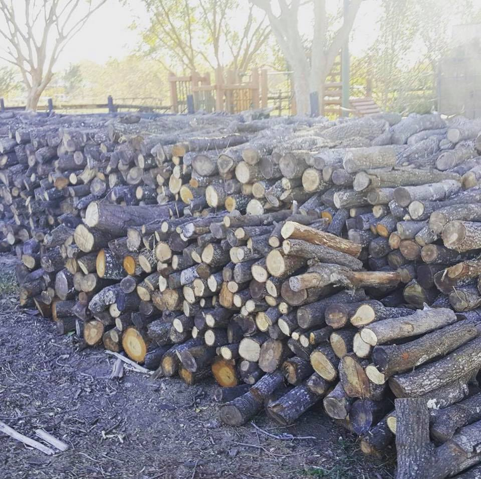 local oak firewood for sale in Katy for bbq or fireplace